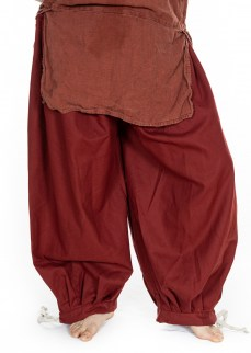 Viking puff pants in solid madder red thin diamond twill wool