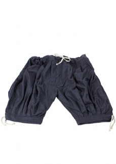 Viking puff pants in blue/black diamond twill wool, kneelength