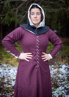 medieval laced dress in wool